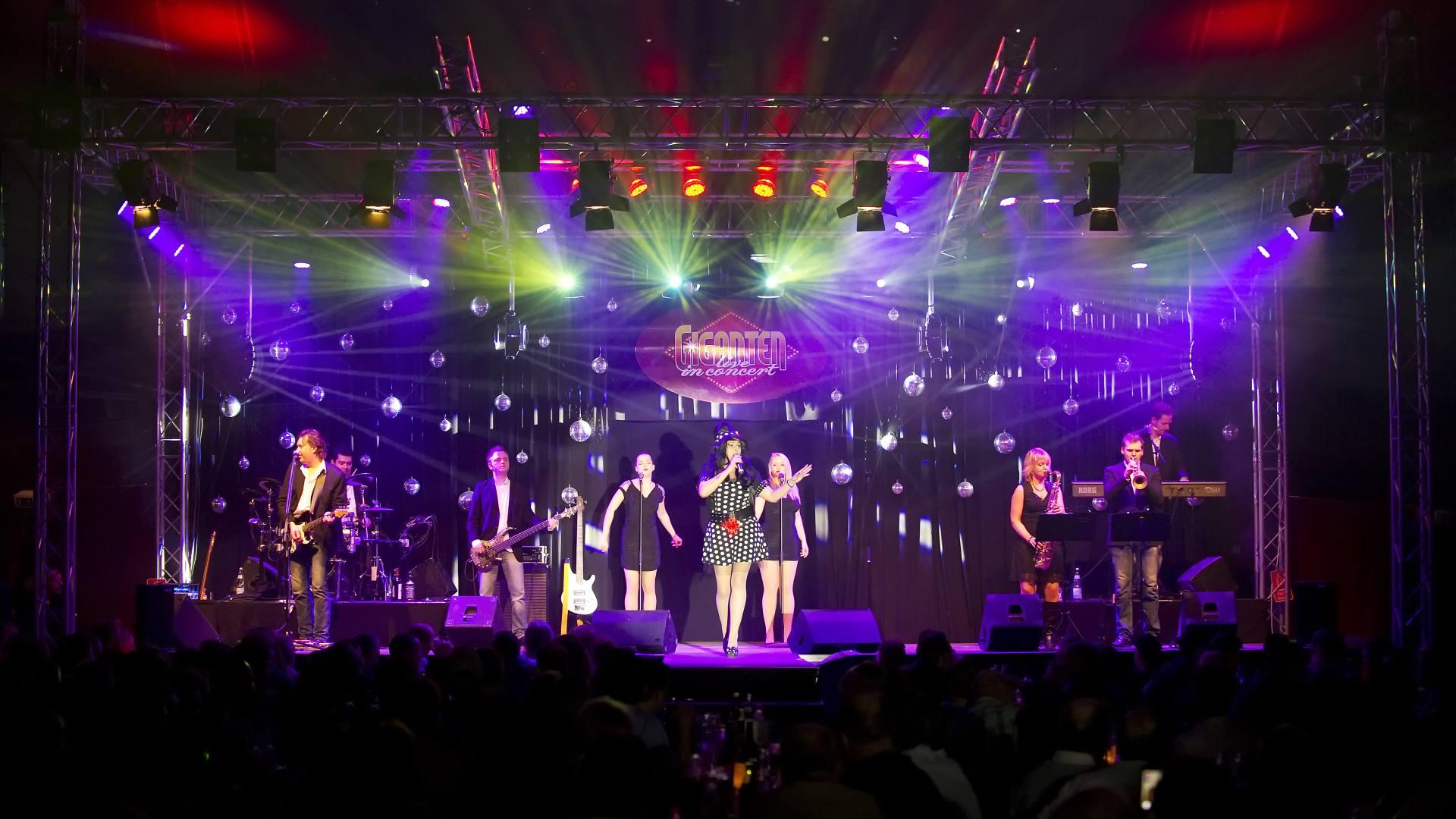 Giganten Live in Konzert Hamburg Weihnachtsfeierzauber